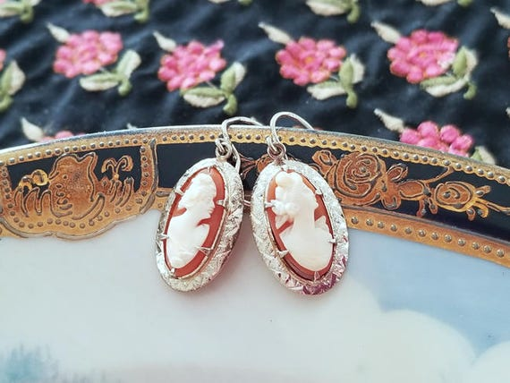 Vintage Art Deco 14k white gold cameo pierced earrings