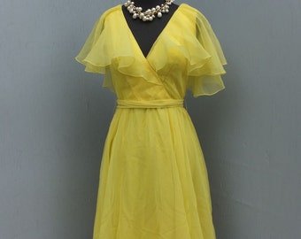 Sweet 1960s/70s Mollie Parnis Yellow Chiffon Prom Dress, Party Dress,  Bridesmaid Dress, Mollie Parnis Boutique New York