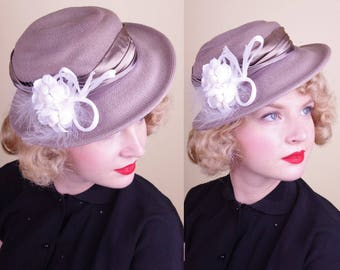 Vtg Purple Grey Decorated Day Hat Straw