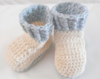Crochet Patterm Baby Booties - Cream Crocheted Baby Boots (4 sizes 0 - 12 mths)