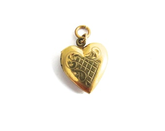 Etched Heart Locket Photo Pendant Gold Filled Valentines Day Sweetheart Charm