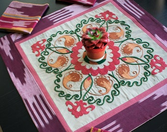 """Hand Embroidery Suzani Table Runner with Placemats """"Gesu"""""""