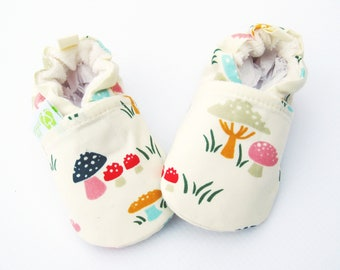 Organic Vegan Toadstools in Pink / All Fabric Soft Sole Baby Shoes / Made to Order / Babies