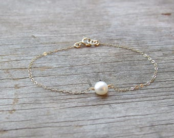 single FRESHWATER PEARL bracelet button pearl delicate chain in sterling silver. gold filled. rose gold filled June birthstone bride bridal