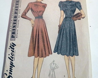 "1940s Day Dress Front Yoke waistline pleats short long sleeves vintage sewing pattern Simplicity 3204 Size 18 Bust 36"""
