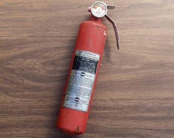 Vintage Fire Extinguisher, Antique Fire Extinguisher, American LaFrance, 1970s, Dial Kinda Looks like a Pokeball, Do the Safety Dance