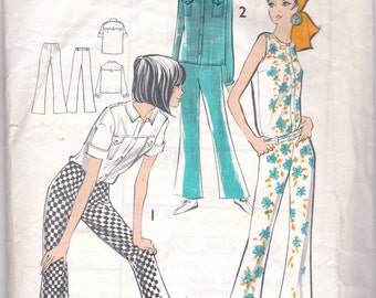 Vintage Sewing Pattern, THEATRE, Maudella 5460, Bell Bottom Trews, Blouse, Hipsters, 1960s