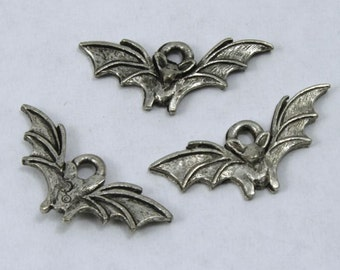 20mm Antique Pewter Bat Charm #CMB760