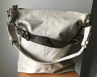 Leather shoulder Tote Bag.Stylish with adjustable strap with belt features.Quality soft,handmade bag.Shoulder purse leather bag,single strap