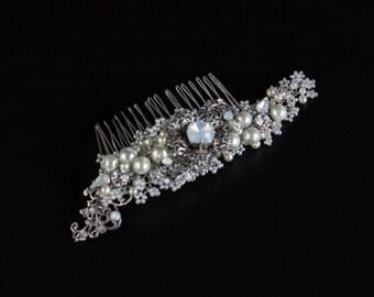 Pearl hair comb, Wedding headpiece, Bride hair accessory, Bridal hair comb, Wedding hair accessories, Pearl headpiece, Bridal headpiece