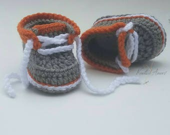 Crochet baby booties, crochet baby shoes, baby boots, baby boy sneakers, girft for baby, 0-3 months, 3-6 months, 6-12 months, announcement