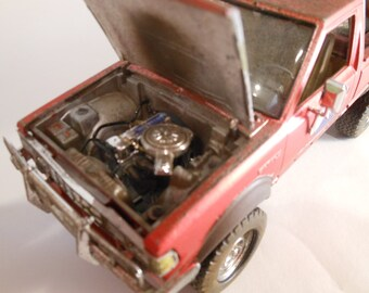 4x4Truck, Scale Model, Rusted Datsun ,Red Pickup Truck,OffRoad Truck