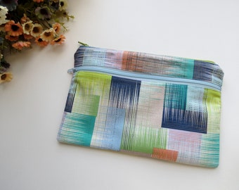 Abstract // wet dry bag // cloth pad wet bag  // wet bag // travel wet bag // handmade in Canada