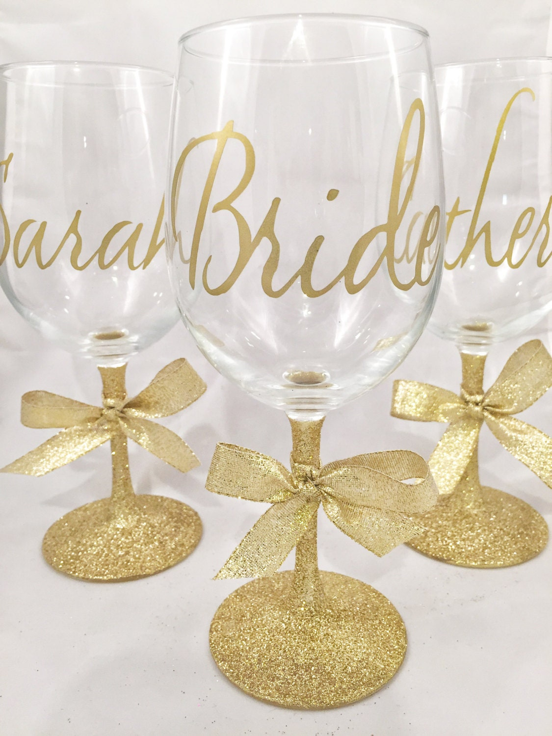 Bridesmaid Glitter Wine Glass In Gold Bridal Party Gifts