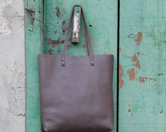 Taupe oiled cowhide leather tote