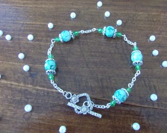 Green glass and Crystal beads bracelet