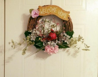 """15"""" Red Cardinal Welcome Home wreath"""