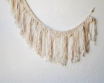 Macrame Bunting in Neutral White | Macrame Wall Hanging Banner | Macrame Party Decor | Bohemian Wedding | Wedding Decor | Photo Background