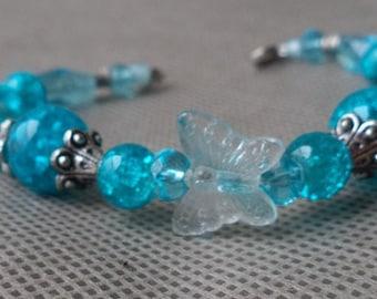 Butterfly bracelet , Beaded bracelet , Mother's day gift , Stocking stuffer , Beaded gift , Gift under 10 , Blue beaded bracelet