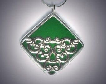 Green Stained Glass Pendant With Filigree