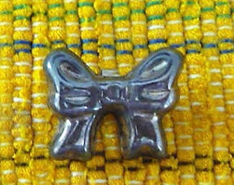 Silver Mexico Bow ...  Unique Vintage  - Brooch - Pin - Pendant