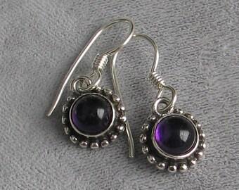 SALE Vintage amethyst sterling silver earrings 8mm round