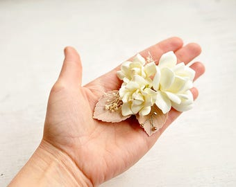 Bridal hair Piece Floral wedding headpiece hair Flower Bridal flower clip Bridal Hair Accessory wedding Hair Jewelry floral hair clip ivory