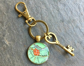 Savannah Keychain Bronze with Ring Swivel Clasp and Key Vintage Georgia  Map