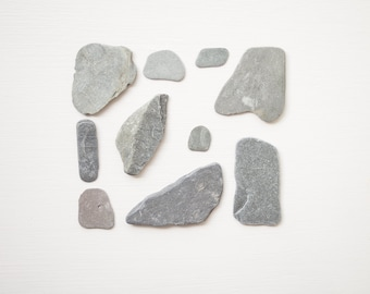 10X SMALL SLATE PIECES, flat grey stone, natural organic, raw materials, gray rocks, beach find, craft supplies, diy, stone painting, decor