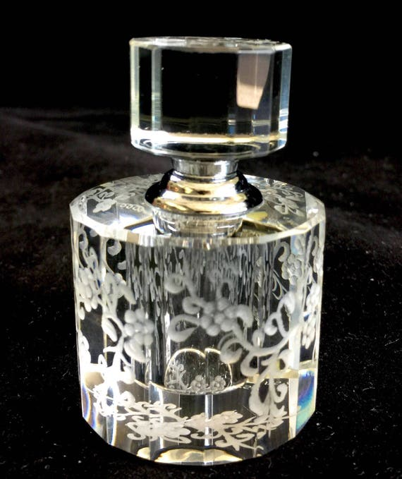 Hand Engraved Perfume Bottle, Oleg Cassini Crystal, Mini Perfume Bottle, Perfume Bottle, Flowers, vanity Tray, Perfume Tray, Crystal  etched