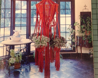 "VINTAGE 1975 ""Suspended Elegance"" by Kristi Carlson - Macrame Plant Hangers / Macrame Book / Vintage Macrame Book / Learn Macrame"