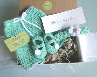 Baby Girl Reveal, Pants, Headband and Booties, Grandparent Reveal, Shower Gift, Take Home Outfit, Pregnancy Announcement, Newborn Prop Set