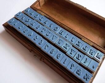 Stamp set ABC / 123 42Teile in wooden box/stamp alphabet