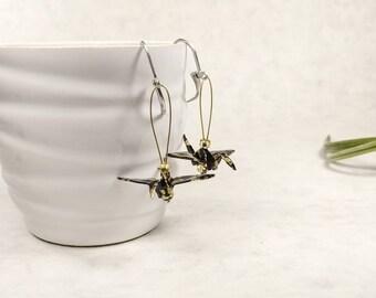 Boucles d'oreilles origami | Grue japonaise | bijou noir et or | Origami par Ökibo