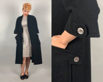 """Vintage 1950s Coat 
