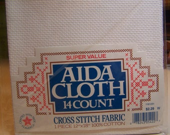 14 Count 12 x 18 in. White Aida Cloth Cross Stitch Fabric  NIP