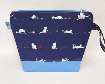 Medium Wedge Bag - Yarn Kitties