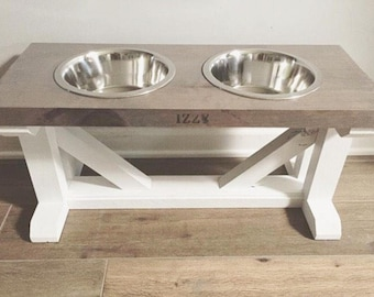 FREE PERSONALIZATION Dog Bowl Feeder Raised // Elevated Dog Stand // Farmhouse Style // Rustic // Wood // LARGE