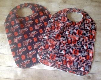 Detroit Tigers Adult Bib/Clothing Protector