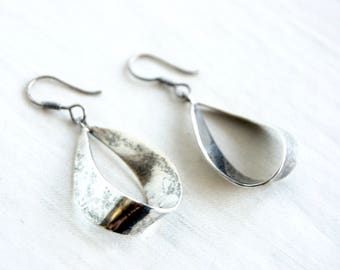 Silver Ribbons Dangle Earrings Vintage Mexican Sterling Ribbon Jewelry Stamped Taxco Mexico Modernist Wave Dangles