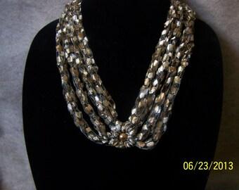 Trellis Ribbon Necklace
