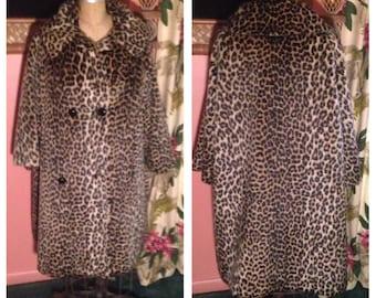 Ultimate Faux Leopard 50s Swing Coat Outstanding Bad Girl Coat Perfect Rockabilly Attire Size L / XL Plus Size