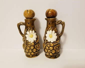Vintage Crafted Glazed Ceramic Daisy Oil & Vinegar Jars with Cork Lids