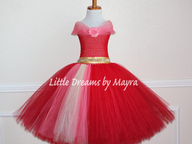 Vestido inspirado en la Princesa latina Elena de Avalor