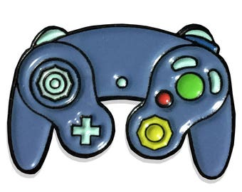 Nintendo Gamecube Controller Enamel Lapel Pin - Super Smash Bros