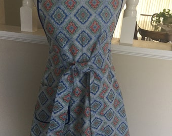 Womens apron - size medium