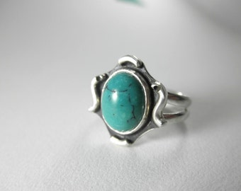 Decorative Turquoise Ring (Size 5 US), French Bohemian Ring, December Birthstone, Solitaire Turquoise Ring, Sagittarius ring