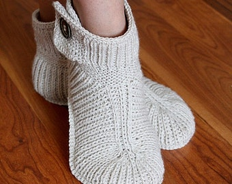 Knitting Pattern (PDF file) Winter Boots - Ault sizes