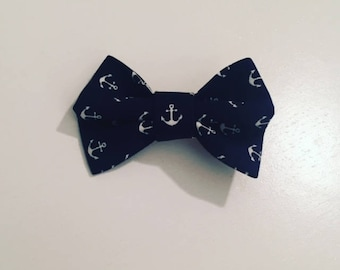 Hair clip Navy Blue and white