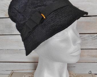 Women's Linen Hat Vintage - Retro Summer Cloche Hat In Black Linen And Cotton Lining - Vintage Fashion Hat with Blue Crown Mark - 1960s Hat.
